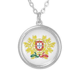 Manteau du Portugal des bras Pendentifs