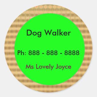 Marcheur de chien - produits de soutien aux sticker rond