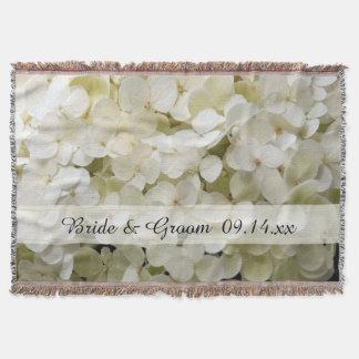 Mariage blanc de fleur d'hortensia couvre pied de lit