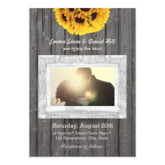 Mariage en bois patiné de photo de tournesols carton d'invitation  12,7 cm x 17,78 cm