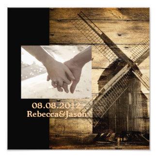 Mariage en bois rustique de grange de moulin à  tirage photo