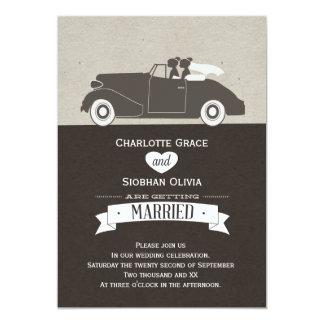 Mariage lesbien de jeune mariée de la voiture deux carton d'invitation  12,7 cm x 17,78 cm