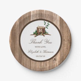 Mariage rustique d'arbre et en bois de monogramme assiettes en papier