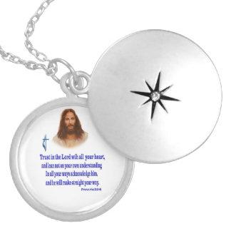 Médaillon Avec Fermoir Écriture sainte de Jésus