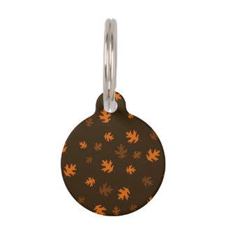Médaillon Pour Animaux Feuille orange de chêne d'automne contre Brown fon