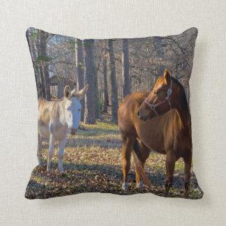 Meilleurs amis cheval et carreau d'âne coussin