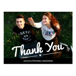 Merci heureux de photo de couples recouvert par carte postale