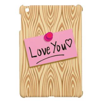 Message doux d'amour sur le post-it rose sur le étuis iPad mini