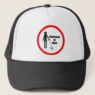 Métal détectant le casquette