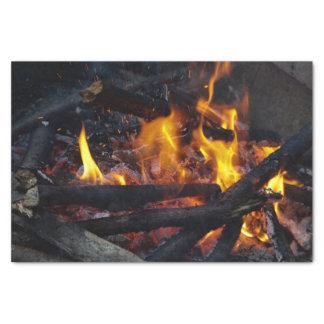 Mettez à feu les flammes papier mousseline