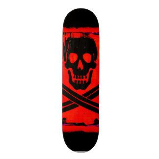 Mini Skateboard 18,4 Cm Crâne avec l'illustration déplaisante croisée