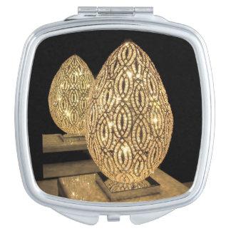 Miroir compact--Oeuf allumé