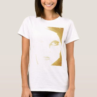 Modèle de base de T-shirt de dames - customisé