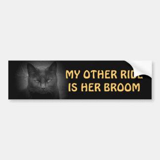 Mon autre tour est son balai - chat noir autocollant de voiture