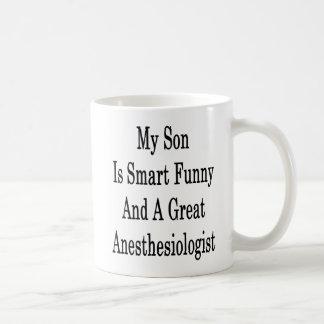 Mon fils est drôle futé et un grand anesthésiste mug
