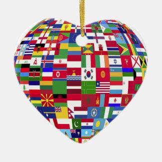 Monde des drapeaux ornement cœur en céramique