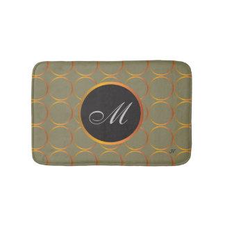 Monogramme d'anneaux d'or tapis de bain