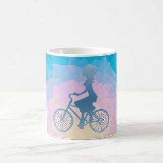 Monogramme de triple de fille de bicyclette mug