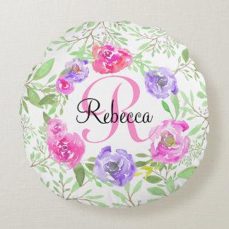 Monogramme floral d'aquarelle de pivoine rose coussins ronds