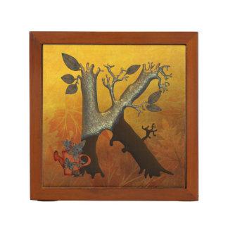 Monogramme K d'arbre d'automne