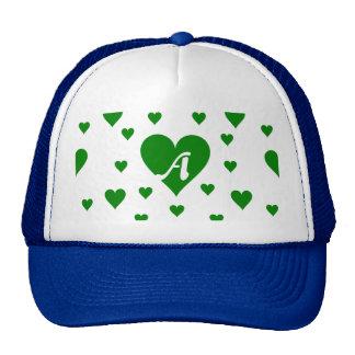 Monogramme vert et blanc de coeurs casquettes
