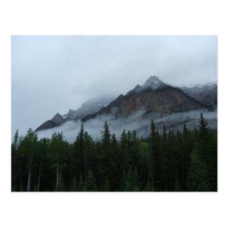 Montagne de nuage carte postale