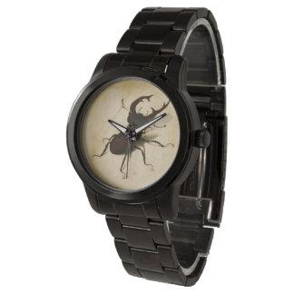Montre Art de cru de la Renaissance de scarabée de mâle