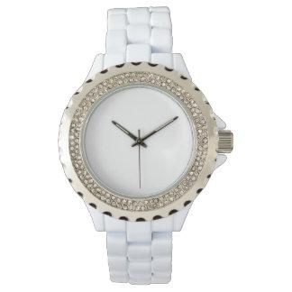 Montre blanche d'émail de la fausse pierre des montres