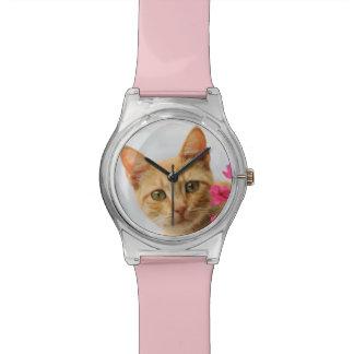 Montre Chaton mignon de chat de gingembre vous observant