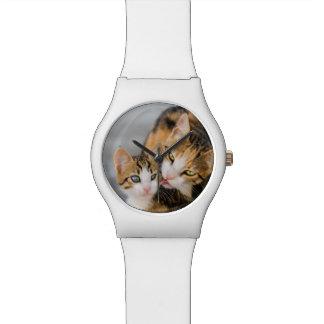 Montre Enfantez la photo mignonne de chaton d'amours de