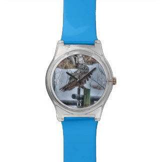 Montre Hibou de grand gris et faune se reposants Raptor