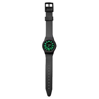 montre noire verte du contemporain may28th