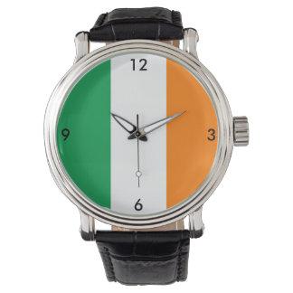 Montre orange blanche de vert irlandais de drapeau