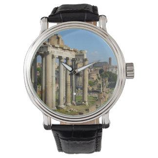 Montre Ruines romaines à Rome Italie
