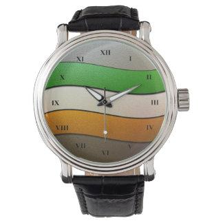 Montres Bracelet Couleur-Chrome de drapeau de l'Irlande par Shirley