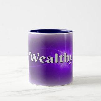 Mot de puissance riche sur la tasse blanche