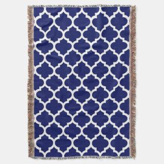 Motif blanc #5 de Quatrefoil de Marocain de bleu Couverture