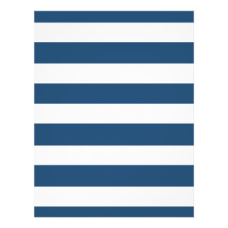 Motif blanc moderne de rayures de bleu marine prospectus 21,6 cm x 24,94 cm
