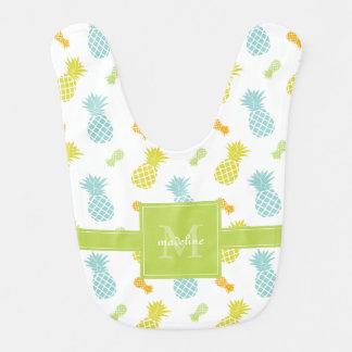 Motif coloré d'ananas décoré d'un monogramme bavoir de bébé