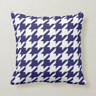 Motif de pied-de-poule de bleu marine et de blanc oreillers