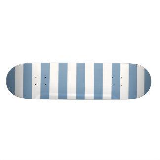 Motif de rayures bleues de crépuscule skateboards customisés