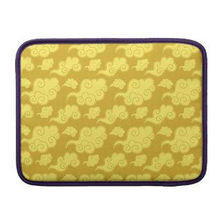 Motif d'or asiatique/chinois traditionnel de nuage poche macbook air
