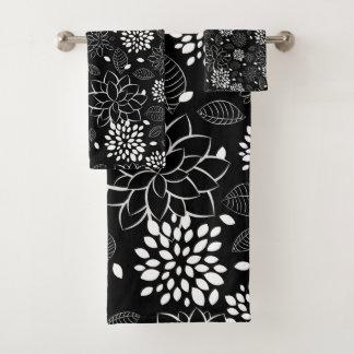 Motif floral noir et blanc