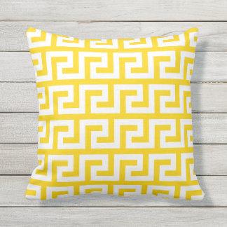 Motif grec de coussins extérieurs jaunes de soleil