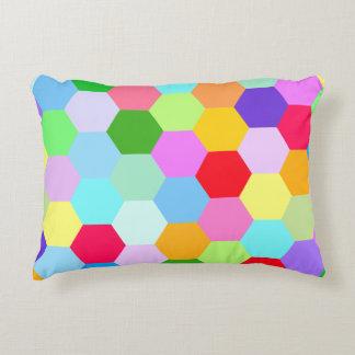 Motif multicolore d'hexagone coussins décoratifs