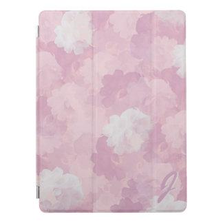 Motif rose de roses d'aquarelle décoré d'un protection iPad pro