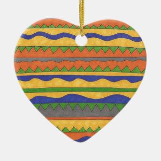 Motif tribal aztèque coloré ornement cœur en céramique