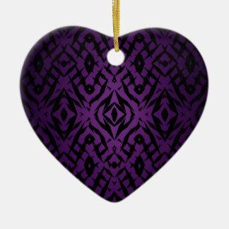 Motif tribal pourpre de formes ornement cœur en céramique