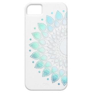 Motif vert bleu-clair élégant de fleur coques iPhone 5