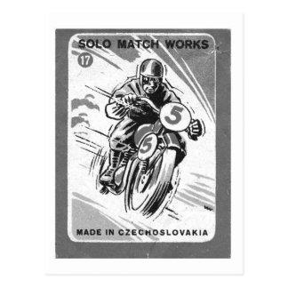 Moto soloe de pochette d'allumettes vintage de carte postale